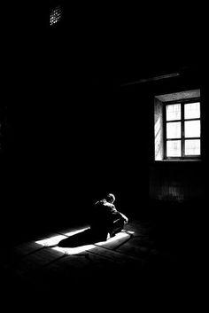 More professionals named Yusuf Kartal – Black White Photography - Sebastiao Salgado White Picture, Black White Photos, Black And White Photography, Street Photography, Art Photography, Loneliness Photography, Shadow Photography, Framing Photography, Ansel Adams