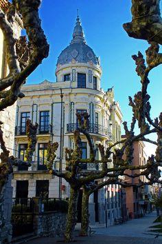 Llanes. Principado de Asturias. Spain.    [By Valentin Enrique].