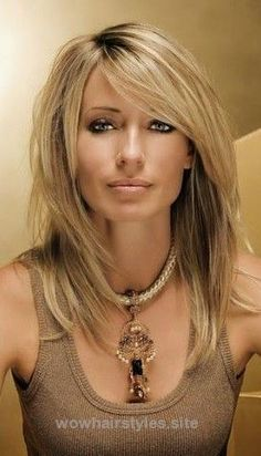 22 Popular Medium Hairstyles for Women 2017 – Shoulder Length Hair Ideas… http://www.wowhairstyles.site/2017/07/22/22-popular-medium-hairstyles-for-women-2017-shoulder-length-hair-ideas-5/
