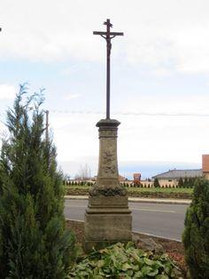 kříž v Hněvotíně