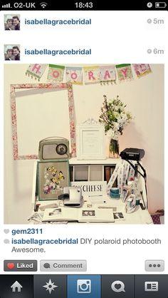 DIY Polaroid photo booth :) awesome!