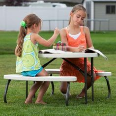 Children's Oval Folding Picnic Table