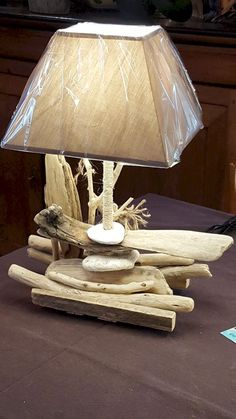 Lovely 15 Diy Home Decor Chambre Ideas For Amazing Home Decorating Design Driftwood Lamp, Driftwood Crafts, Shabby Chic Kitchen Decor, Shabby Chic Homes, Twig Furniture, Wood Pallet Art, Tabletop Accessories, Inexpensive Furniture, Night Lamps