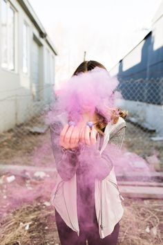 Smoke bomb / Senior photos // Jadie Jo Photography