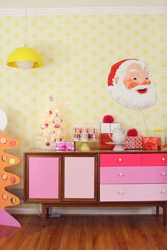 Kitsch Christmas decoration | Christmas decor ideas | Mollie Makes