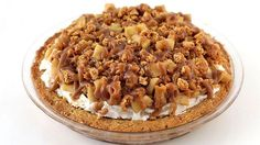 An oatmeal cookie crust topped with vanilla ice cream, caramelized apples and crunchy oatmeal cookie crumbles.