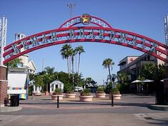 Kemah Boardwalk, Houston, TX  I LOVE LOVE LOVE THIS PLACE! I miss this most!