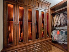 Traditional Storage Closets Photos Design Ideas Pictures Remodel And Decor Page