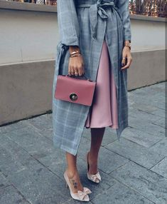 I know someone who would look absolutely lovely in this outfit. Fashion Mode, Look Fashion, Winter Fashion, Womens Fashion, Fashion Trends, Trendy Fashion, Business Mode, Business Outfit, Mode Chic