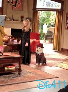 "Photos: G Hannelius In New ""Dog With A Blog"" Episode ""Avery B. Jealous"""