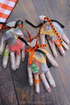 Halloween Candy Glove Treats fun halloween craft diy
