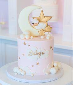 Torta Baby Shower, Funny Baby Shower Cakes, Tortas Baby Shower Niña, Baby Shower Pasta, Comida Para Baby Shower, Deco Baby Shower, Baby Shower Cake Pops, Baby Girl Birthday Cake, Pretty Birthday Cakes