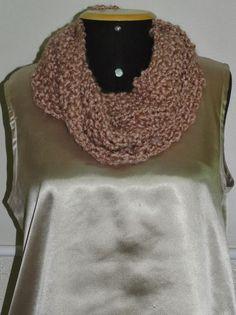 Luz Weber: Gola rosa chá de lã Nuage