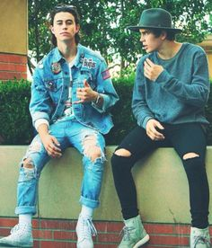 """Hello we are Nash and Hayes Grier. Nash: I'm 17 and single. I am indeed known as a flirt but I do respect my girlfriend even though I don't have one. I make vines and youtube videos. Other than that I love to tour with my friends. Hayes: """"I'm 15 and single. I am known as a flirt but I'm really nice and caring. I love to play football and lacrosse."""" We have 6 siblings in all."""