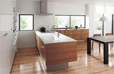 パナソニック キッチン Simple Modern Interior, Japanese Interior Design, Modern Kitchen Island, Minimalist Home Decor, Kitchen Interior, Interior Decorating, House Design, Muji, Houses