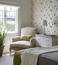 Bedroom Decor. Beautiful bedroom decor ideas. #Bedroom #BedroomDecor