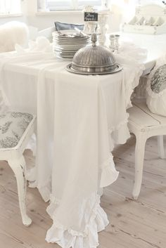 White and Shabby  Love the tablecloth with the ruffle