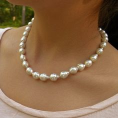 Natural South Sea Cultured Pearl 11.00mm-14.85mm Necklace Gold 17.5 inch