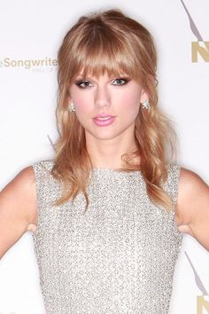 From the choppy fringe to the soft golden waves, Taylor Swift's hair is perfection.