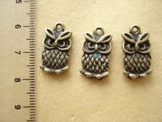 50 Bulk Owl  Antiqued Bronze Charms Pendant Drop 20x11mm B331 by yooounique on Etsy