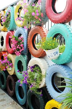 25 Creative DIY Garden Decoration Ideas Using Old Tires - doityourzelf