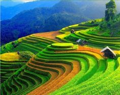 Northern Vietnam is the paradise of stunning and spectacular landscapes. So, you should know the best time to visit Northern Vietnam to enjoy their utmost beauty. Visit Vietnam, Vietnam Travel, Sapa Vietnam, Vietnam Tours, North Vietnam, Beautiful World, Beautiful Places, Beautiful Pictures, Laos