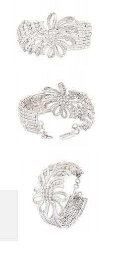 Mehrasons 10.540 ct Gold Diamond Bracelet