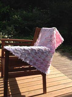 "OYA's WORLD- Crochet-Knitting: Crochet: ""Shell-ish"" Pattern for Blanket Crochet Shell Blanket, Crochet Baby Blanket Beginner, Crochet Baby Blanket Free Pattern, Crochet Patterns, Free Crochet, Crochet Box Stitch, Baby Shawl, Crochet Hoodie, Knitted Baby Blankets"