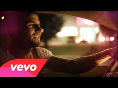 ▶ Sam Hunt - Leave The Night On - YouTube
