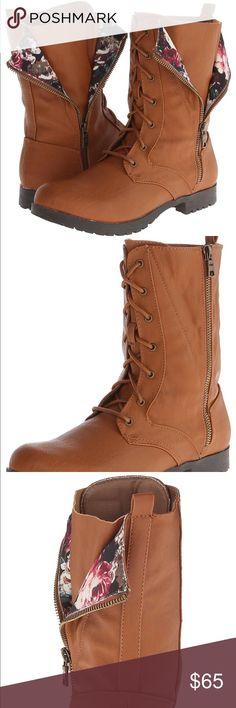 Floral Combat Boots Beautiful Combats! Floral Detailing / Lace Up / True to size Shoes Combat & Moto Boots