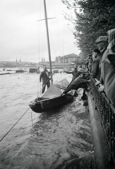 Sturmwetter in Zürich Boats, Sailing, Candle, Boating, Ships, Boat, Ship