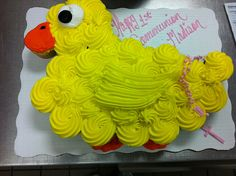 Duck Cupcake Pull-Apart Cake - Would be so cute for a baby shower!
