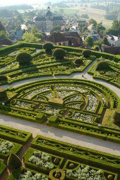 Parterre - Topiary Garden at Chateau de Hautefort, in Hautefort, Dordogne… Amazing Gardens, Beautiful Gardens, Famous Gardens, Landscape Architecture, Landscape Design, Landscape Photos, Gardens Of The World, Topiary Garden, Garden Park