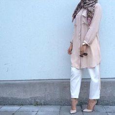 neutral blush pink hijab