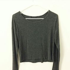 Brandy Melville long sleeve gray top Super soft and comfy! A little cropped Brandy Melville Tops Tees - Long Sleeve
