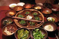 Korean cuisine - Wikipedia, the free encyclopedia Best Vegetarian Restaurants, Vegetarian Recipes, Healthy Recipes, Turkey Recipes, Healthy Tips, Comida Fusion, Yogic Diet, Chefs, Healthy Cooking