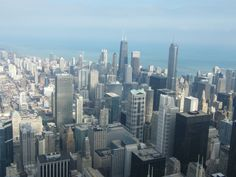 Downtown Chicago from top of Willis (Sears) Tower Chicago Bus, Chicago Hot Dog, Chicago Beach, Chicago Skyline, New York Skyline, Chicago Illinois, Chicago Chicago, Best Cities, Great View