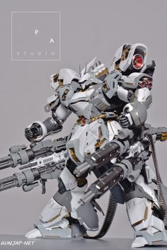 "gundamexousia: ""Title: Sazabi ""der Schnee + Quad Gatling Gun"" Modification Modeler: PA StudioModel Type: Metal parts, custom panel line, custom color scheme, detailingKits Used: MG Sazabi ver. Gundam Toys, Gundam Art, Arte Robot, Robot Art, Robo Transformers, Mecha Suit, Cool Robots, Big Robots, Gundam Wallpapers"