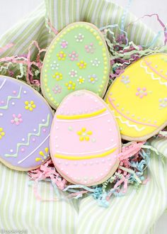 These easter egg sugar cookies with royal icing are so cute and easy to make.