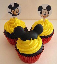 Cupcake do Mickey Minni Mouse Cake, Bolo Do Mickey Mouse, Festa Mickey Baby, Theme Mickey, Fiesta Mickey Mouse, Mickey Mouse Parties, Mickey Party, Disney Parties, Mickey 1st Birthdays