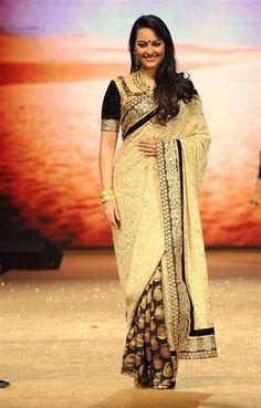 Download Sonakshi Sinha walks the ramp at a fashion show Wallpaper HD FREE