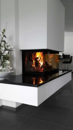 Looking for the right fireplace? Take a look at these inspirations! White Fireplace, Stove Fireplace, Modern Fireplace, Fireplace Design, Interior Exterior, Interior Design, Fixer Upper House, Paper Wall Art, Media Wall