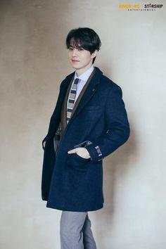 [배우 이동욱] 오늘도 김 묻으셨네요, 잘생김♡ : 네이버 포스트 Asian Boys, Asian Men, Asian Actors, Korean Actors, Lee Dong Wook Goblin, Lee Dong Wook Wallpaper, Lee Dong Wok, Kdrama, Korea Boy