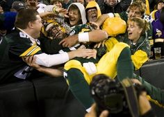 Aaron Rodgers first Lambeau Leap