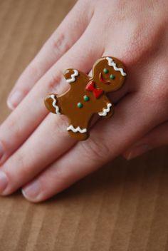 Gingerbread man ring