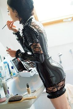 Latex Outfits that Are Hot — hermetically-sealed: sexylatexmodels: More...