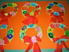 5ο ΝΗΠΙΑΓΩΓΕΙΟ ΚΑΛΑΜΑΤΑΣ-ΣΤΕΦΑΝΙΑ ΓΙΑ ΤΗΝ ΠΡΩΤΟΜΑΓΙΑ Spring Crafts, Kindergarten, Kindergartens, Preschool, Preschools, Pre K, Kindergarten Center Management, Day Care