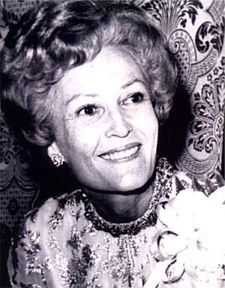 """Pat Nixon 1912-1993 ~ """"I just want to go down in history as the wife of the President.""""  Nixon, Pat~~Richard Nixon's wife created White House tours for the blind and deaf, and was the first first lady to wear pants in public."""