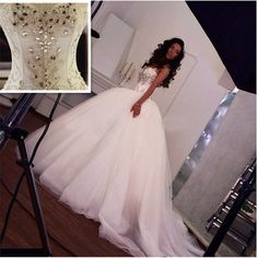 2016 Wedding Dresses Ball Gown New Sparkling Crystal Luxury Bandage Princess Wedding Gowns Tulle Ruffles Vestido De Renda