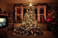 tree. Christmas Tree Train, Merry Christmas, Christmas Villages, Christmas Love, All Things Christmas, Winter Christmas, Christmas Lights, Christmas Pictures, Magical Christmas